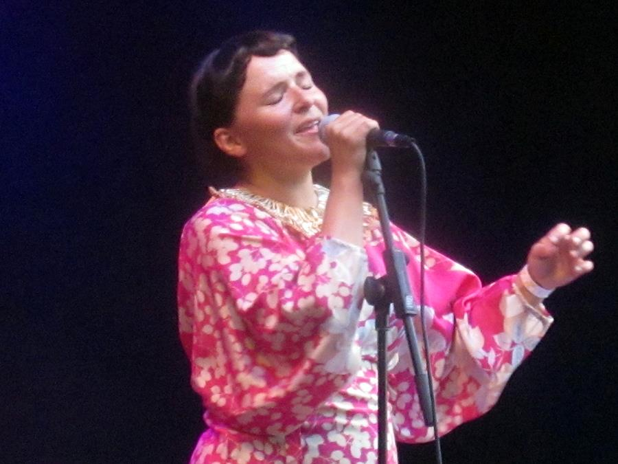 Emilianna Torrini live festival gig in Belgium