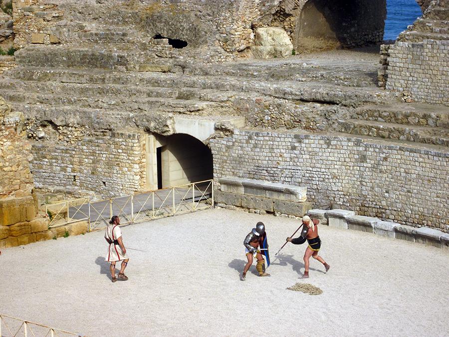 Tarragona Amphitheater - gladiators
