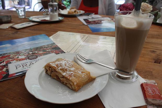 Tasting the best of Prague food