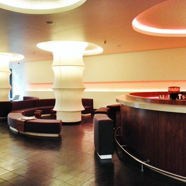 kudamm hotel lobby