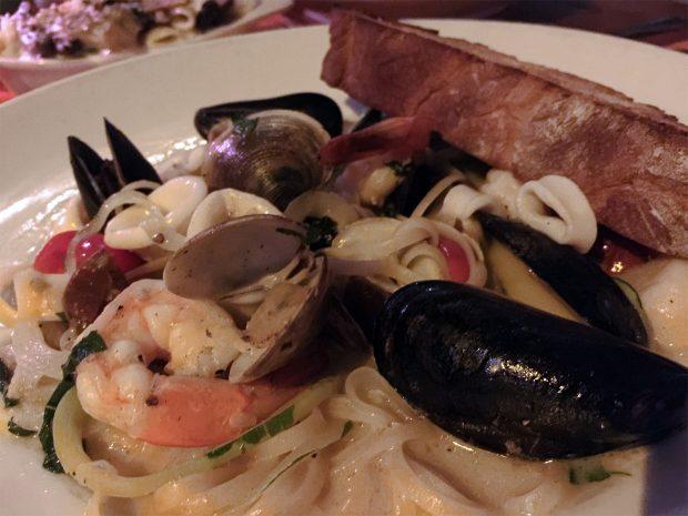 Beachcomber Café Restaurant - Crystal Cove
